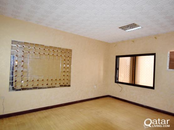 Spacious Lovely 10 Bedroom Villa-Al Hilal