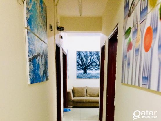 Sharing Rooms in new Fully furnished flat in old ghanim
