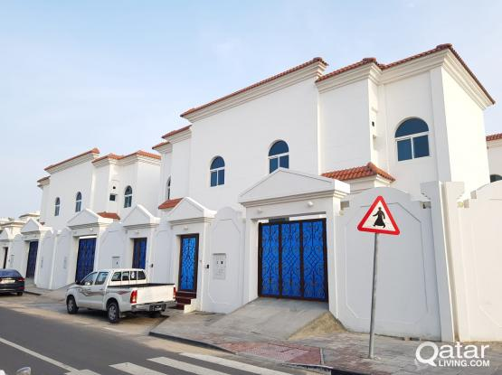 SPECIAL OFFER, FOR IMMEDIATE OCCUPANCY - 1 BHK Behind Nissan Showroom Near Ramada Signal - EXCELLENT MAINTENANCE INCLUDED
