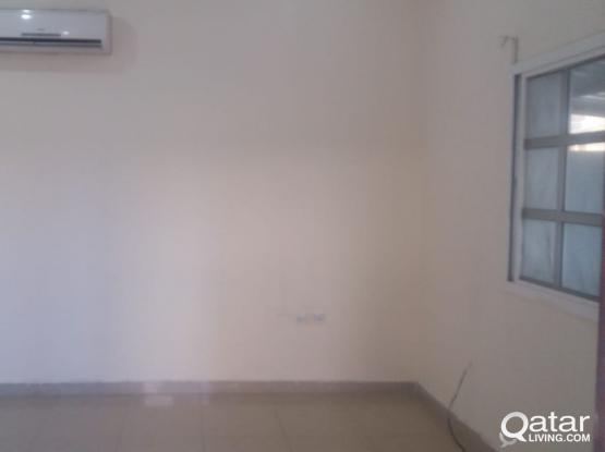 EXCELLENT 1 BHK ABUHAMOUR