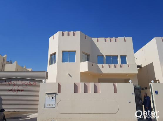 6bhk stand alone villa in Ain kaled for family