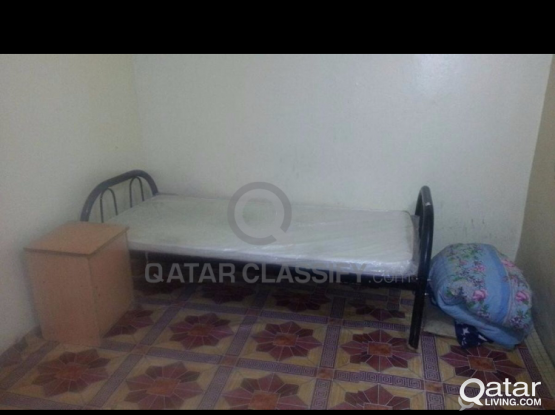 single bed space to rent in single room