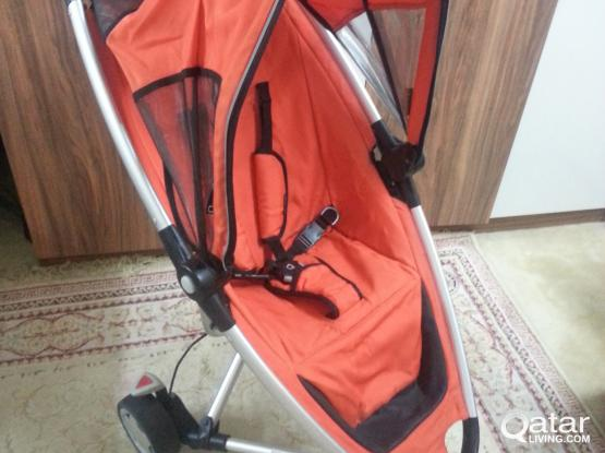 Baby stroller  ;;    quinny    ;;  good condition