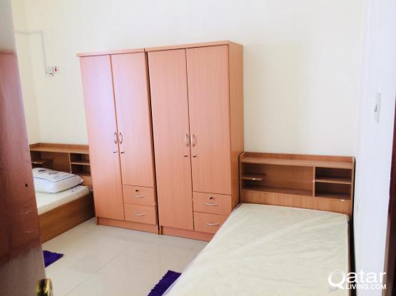 Sharing room in Old Ghanim near bank street