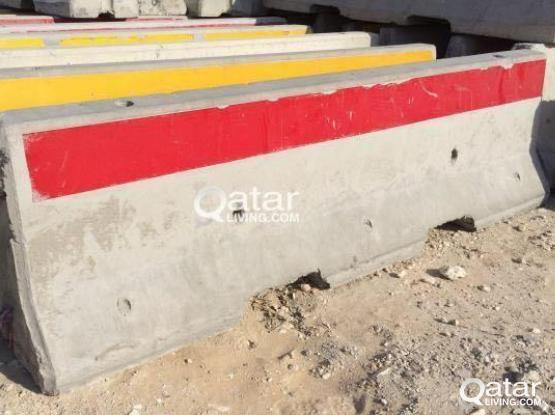 3.8 concrete barricade