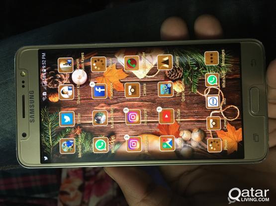 Samsung J5(6)full fresh condition 2GB & 16 GB