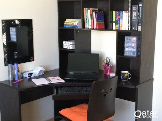 Desk (with free swivel office chair)