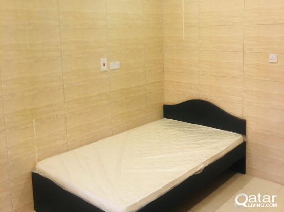 Room available with  sharing kitchen and toilet at Alkhor