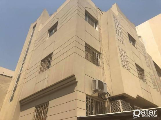 2 BEDROOM UNFURNISHED IN DOHA JADEED + MONTH FREE