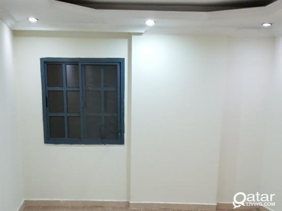 Apartment at alsad 2bhk behind meilenium hotel 4000شقة للايجار بالسد خلف ميلينيوم غرفتين وصاله و٣ حمام