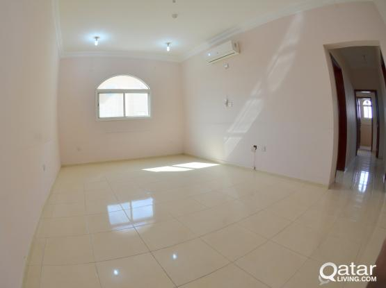 SPACIOUS 2 BHK UNFURNISHED APARTMENT WITH A/Cs IN OLD AIRPORT NEAR D-RING