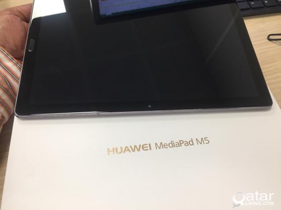 """New Huwei media pad M5 10.8"""" 32gb 4G"""