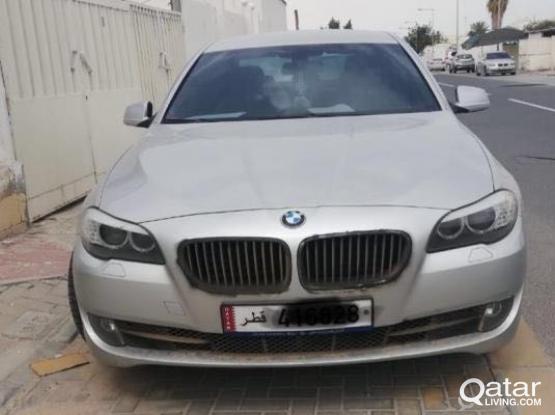 BMW 5-Series 523 i 2011