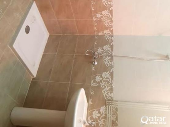 EXECUTIVE BACHELOR ROOM (BATH ATTACHED) BEHIND CHAIRMAN HOTEL, NAJMA