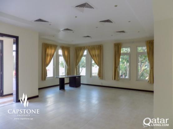 West Bay Villa 3BR + Maid Room, With Beach Access