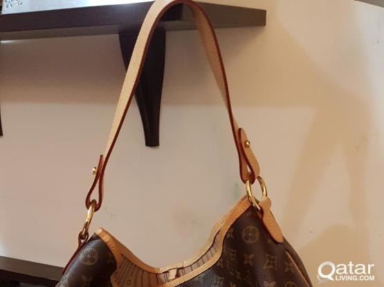 Pre loved LV M40353 Delightful MM monogram authentic
