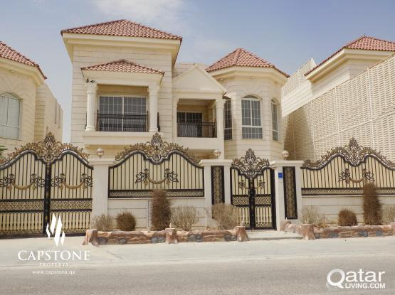 Huge Villa Perfect for Comm'l Business