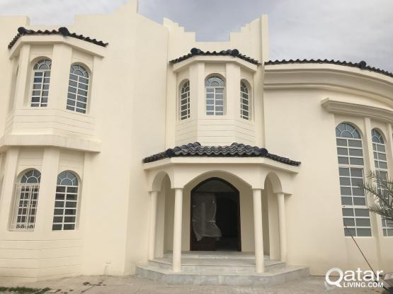 Brand New and Spacious One Bedroom villa apartment available at Azizia Opposit to Villaggio