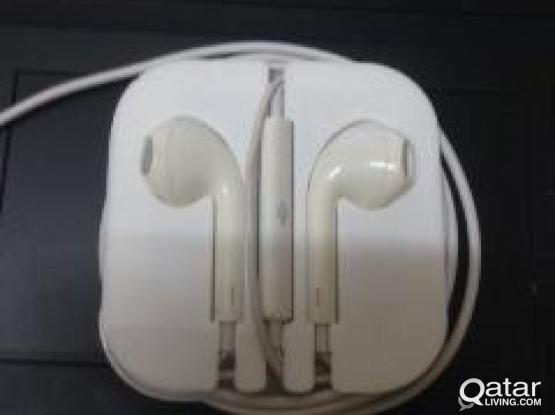 Apple Ear Phone