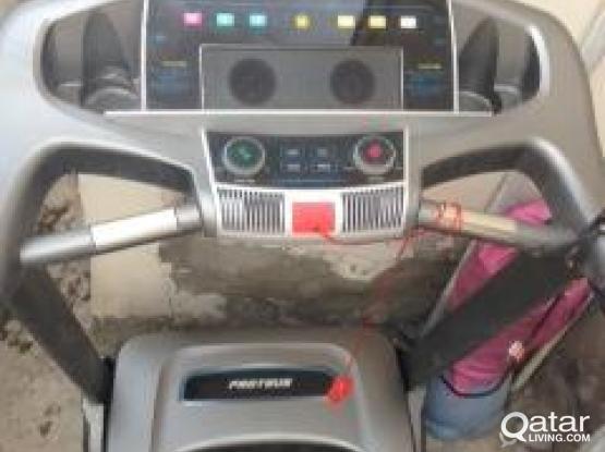 Treadmills 4 sale