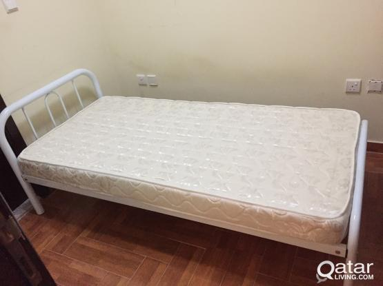 White Metal Single Bed with Perfect Clean Matress