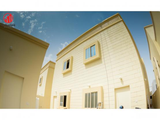 Brand New 1 BHK  Available in Near B Square Mall Thumama !!