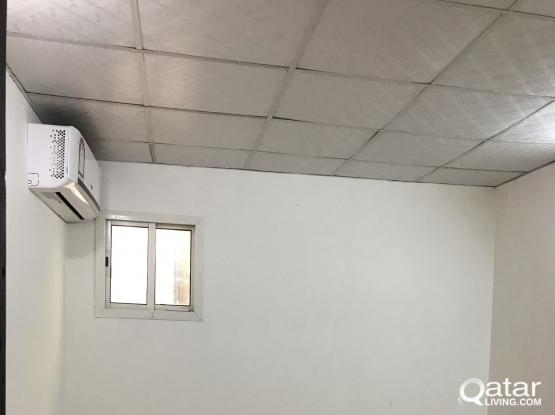 1 bhk  villa part for rent in Abuhamour