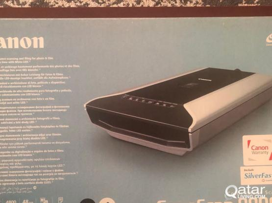Canon CanoScan 8800F professional flatbed scanner