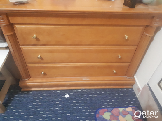 3 drawer clothes cabinet