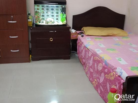 bedspace for Top class executive bachelor for short term / long term