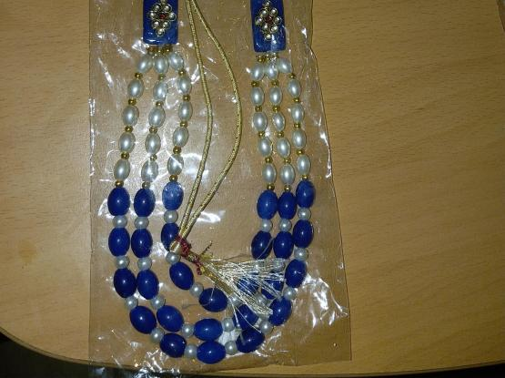 pearl jewellery items