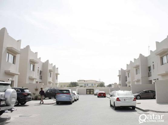 U/F STUDIO Apartment (inc. water and electricity) nr Traffic Department