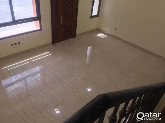5BHK Unfurnished Compound for rent in Al Kheesa