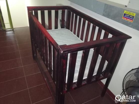 Baby bed cott