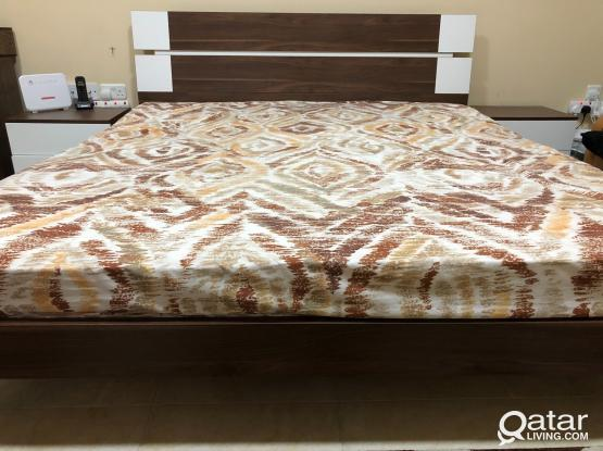 Bed Room set ( king size bed , two lightstand table, Dressing table without matress)