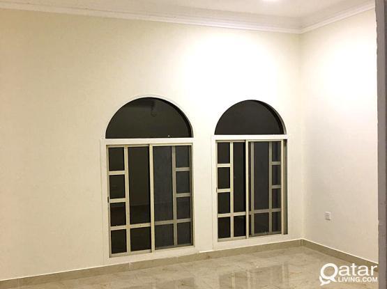 Unfurnished 6-Bedrooms StandAlone Villa for Rent in Al Wukair