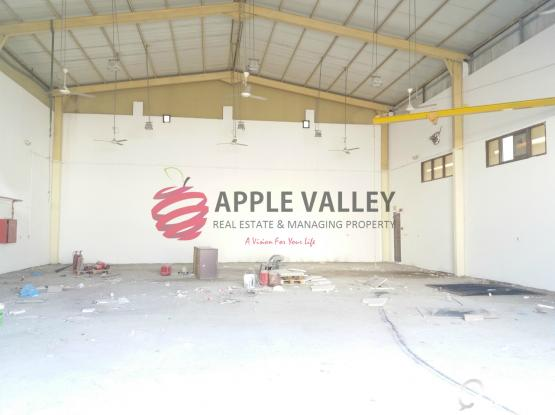 Warehouse 270 sqmtr Steel Fabrication for rent in Industrial Area Doha Qatar