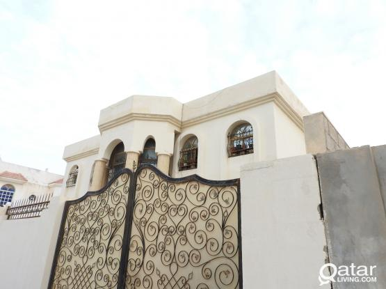 1 BHK AVAILABLE IN THUMAMA FOR FAMILY