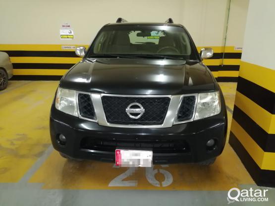 Nissan Pathfinder SE 2009