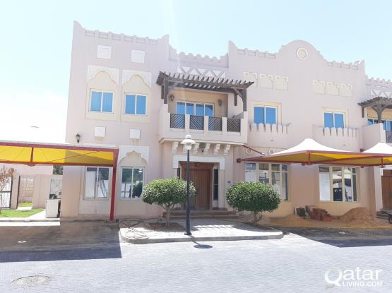 No commission 4 +1 office room + maid room westbay lagoon