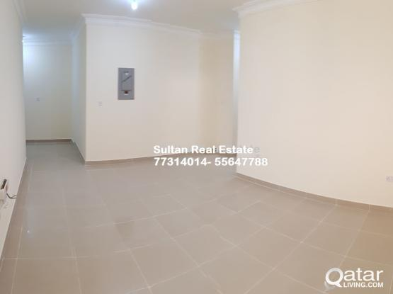 2 bedrooms in Madinat Khalifa With ac