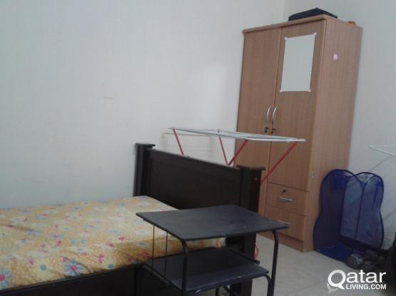 Full furnished bed room / bed space available @2400/1200 QAR for executive bachelors