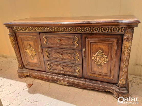 Buffet Table with storage- Throwaway price