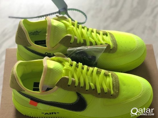 Nike Off White Air Force 1  Volt DS