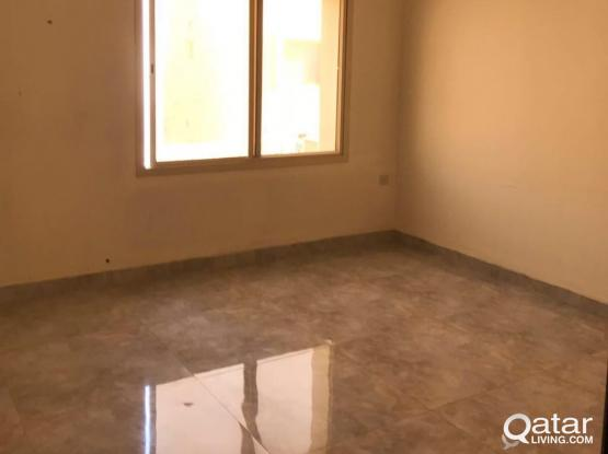 family studio available in old airport Al thumama