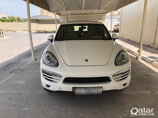 Porsche Cayenne Standard 2011