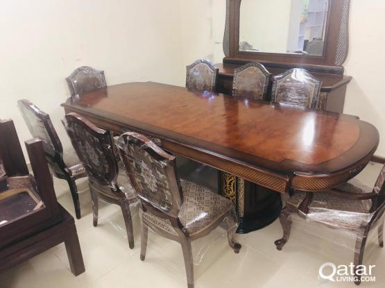 For sell dining table buffet 8 Chair