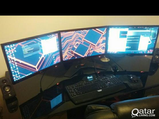 Triple Monitor Stand (NEW)