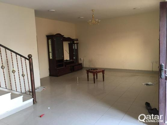 3 bhk compound villa a available in Hilal