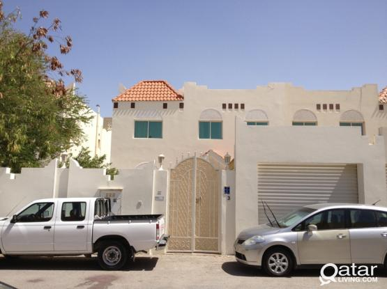 Direct Owner - 6 BEDROOMS VILLA WITH ACs & CURTAIN FOR RENT AT OLD AIRPORT AREA, Near Shop-rite